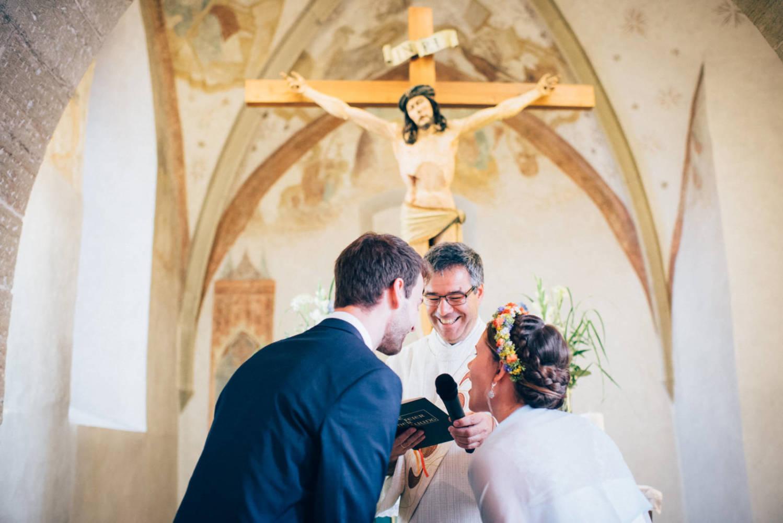 Ja Wort des Brautpaares während der kirchlichen Hochzeit in Stuttgart Hochzeitsfotograf Baden-Württemberg Freiburg Heidelberg Schweiz Basel