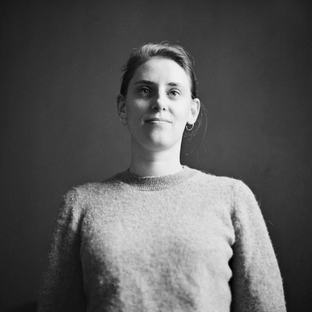 Porträt von Meral als Fotograf in Basel